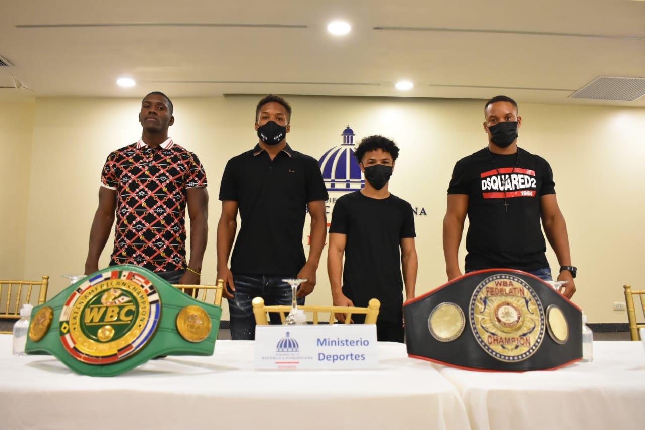 Boxeadores cubanos harán debut profesional en República Dominicana