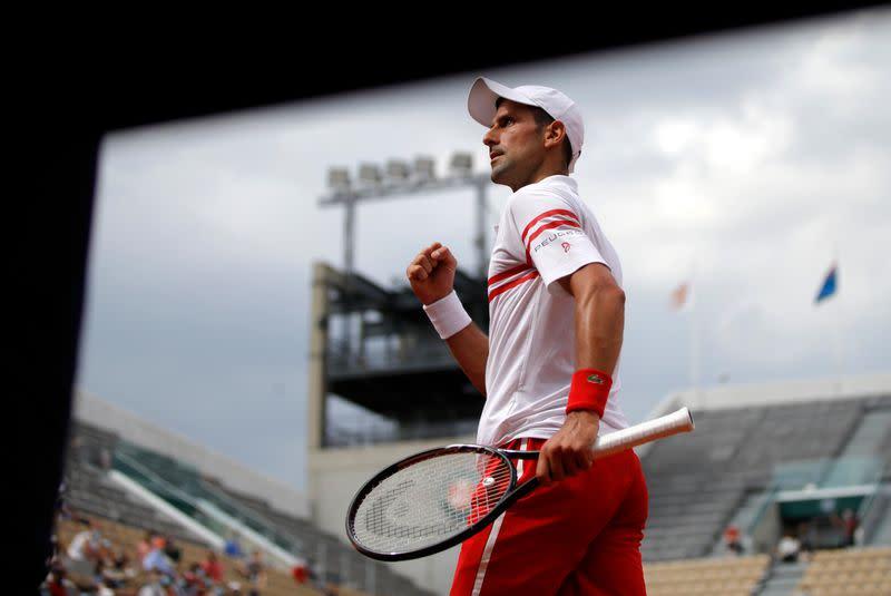 Djokovic y Federer se meten en tercera ronda Abierto de Francia