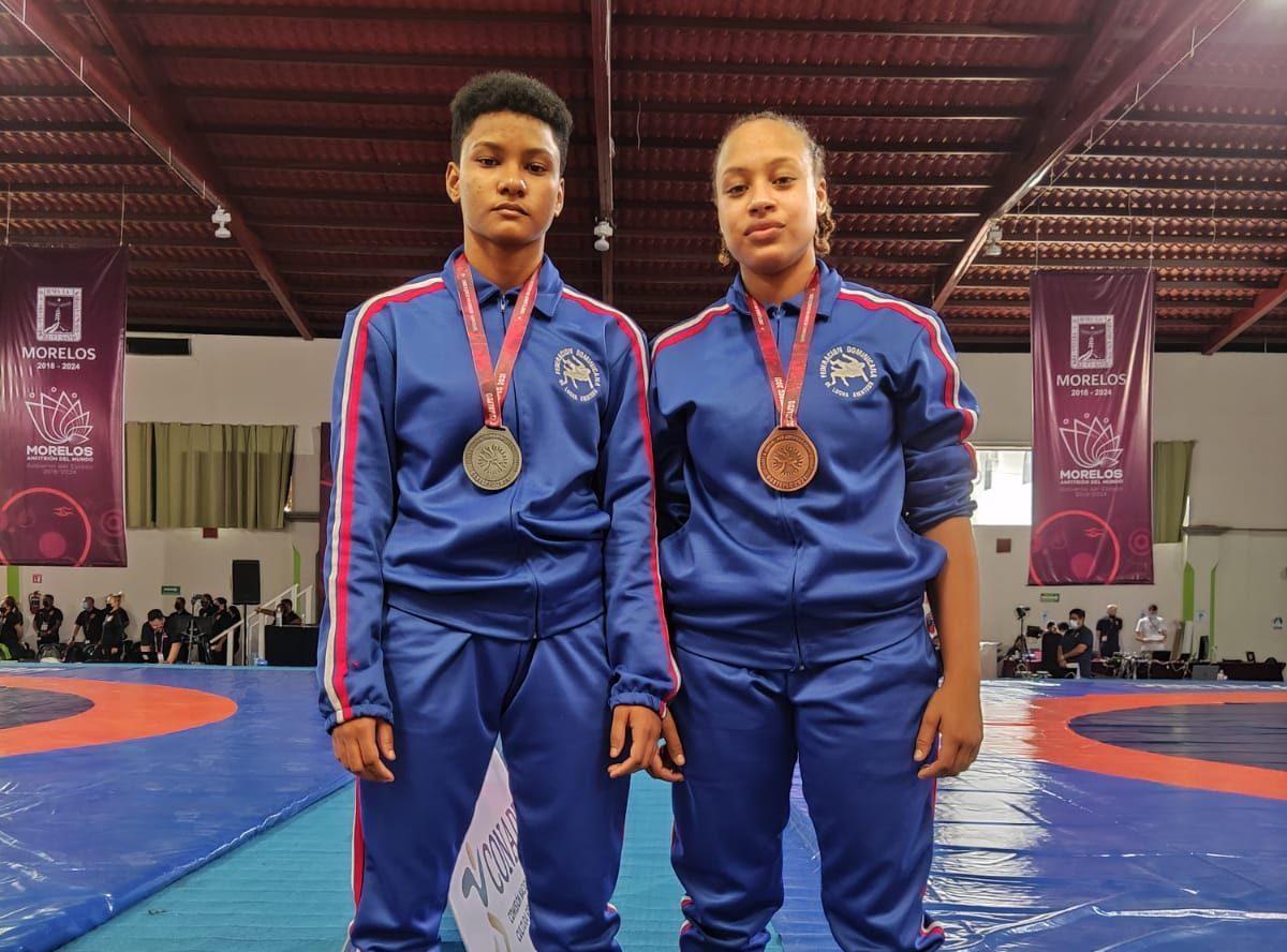 Jiménez y Segura ganan medallas en Panamericano Juvenil de Lucha
