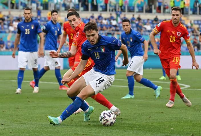 Italia derrota a Gales, ambos avanzan a octavos de final Eucopa