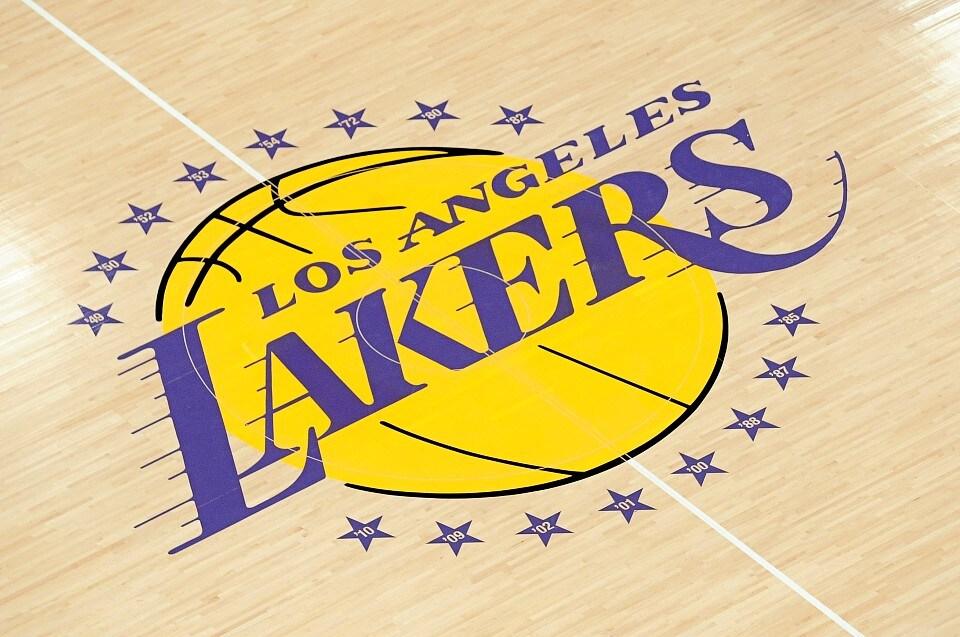 Philip Anschutz vende su parte de los Lakers a dueños de Dodgers