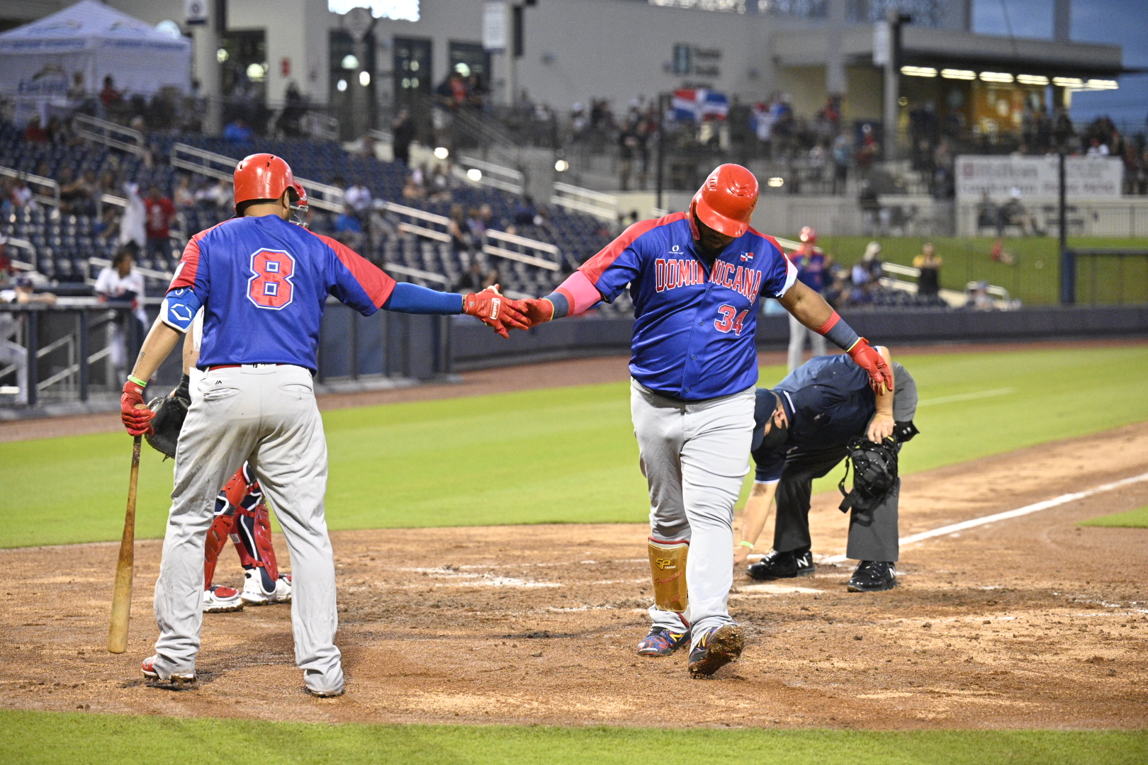 Dominicana cae ante Estados Unidos; debe vencer a Nicaragua para avanzar