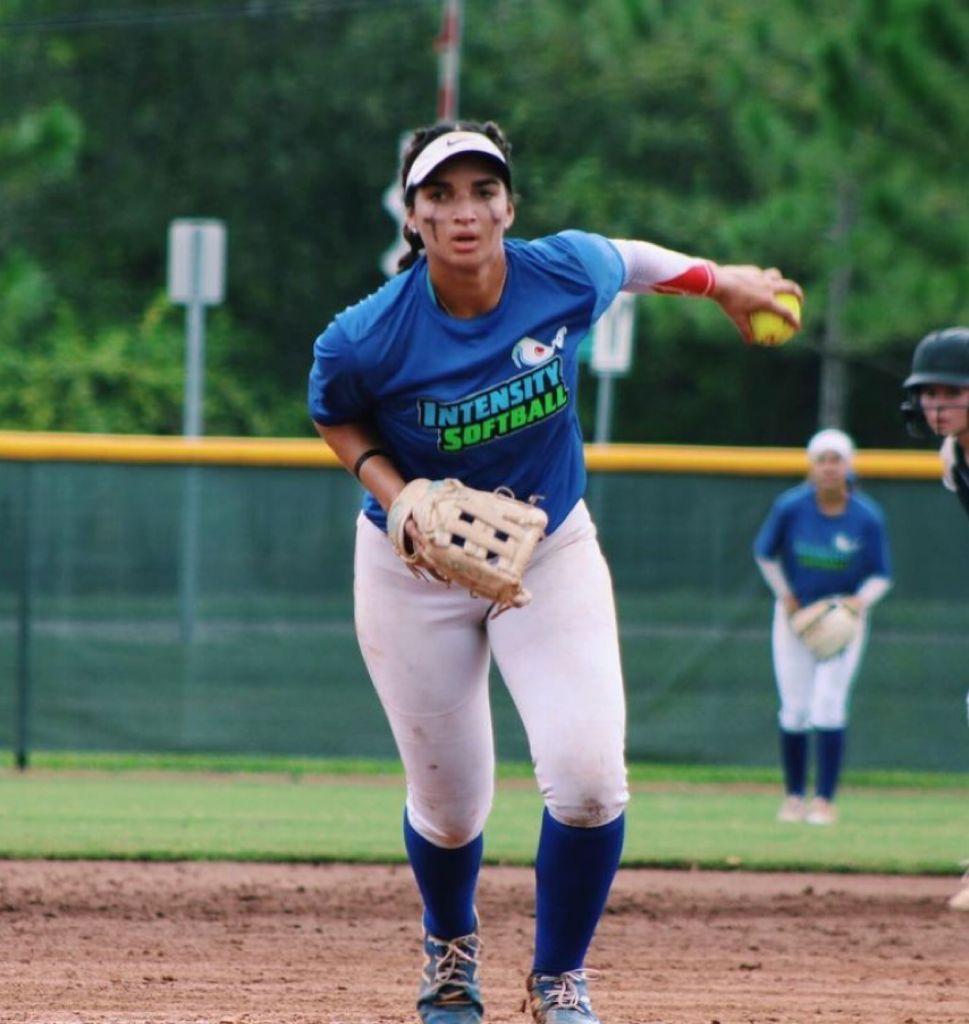 Jugadoras de softbol RD integran equipo Todos Estrellas en Torneo Escolar de La Florida
