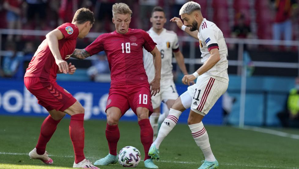 Kevin De Bruyne salva victoria de Bélgica ante Dinamarca