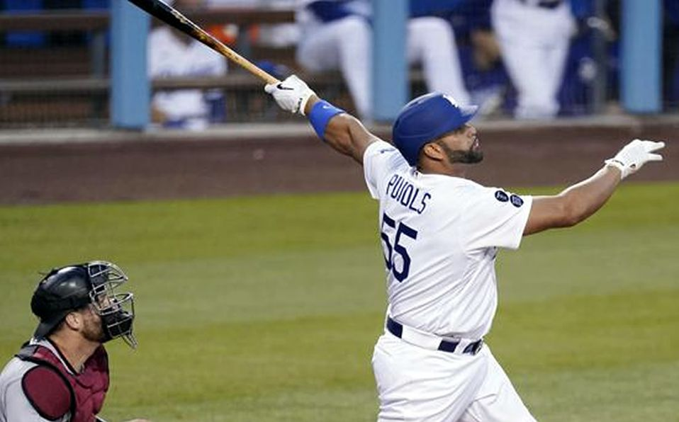 Albert Pujols conecta jonrón en victoria de Dodgers