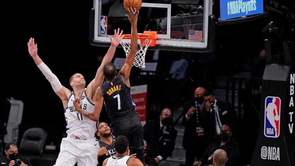 Suns muestra solidez ante Nuggets; Nets da paliza a los Bucks