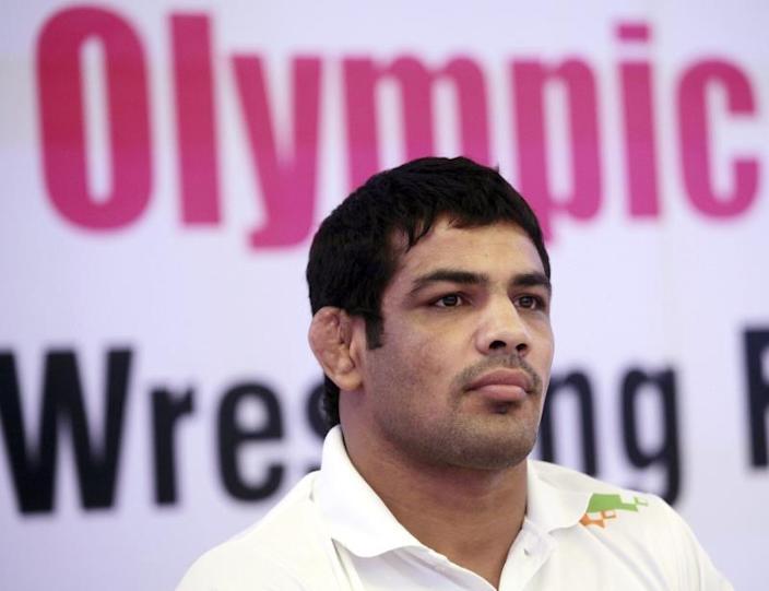 La caída del ídolo olímpico de lucha libre acusado asesinato en India