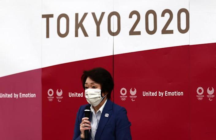 Tokio 2020 contempla vacunar a voluntarios JJOO y periodistas locales