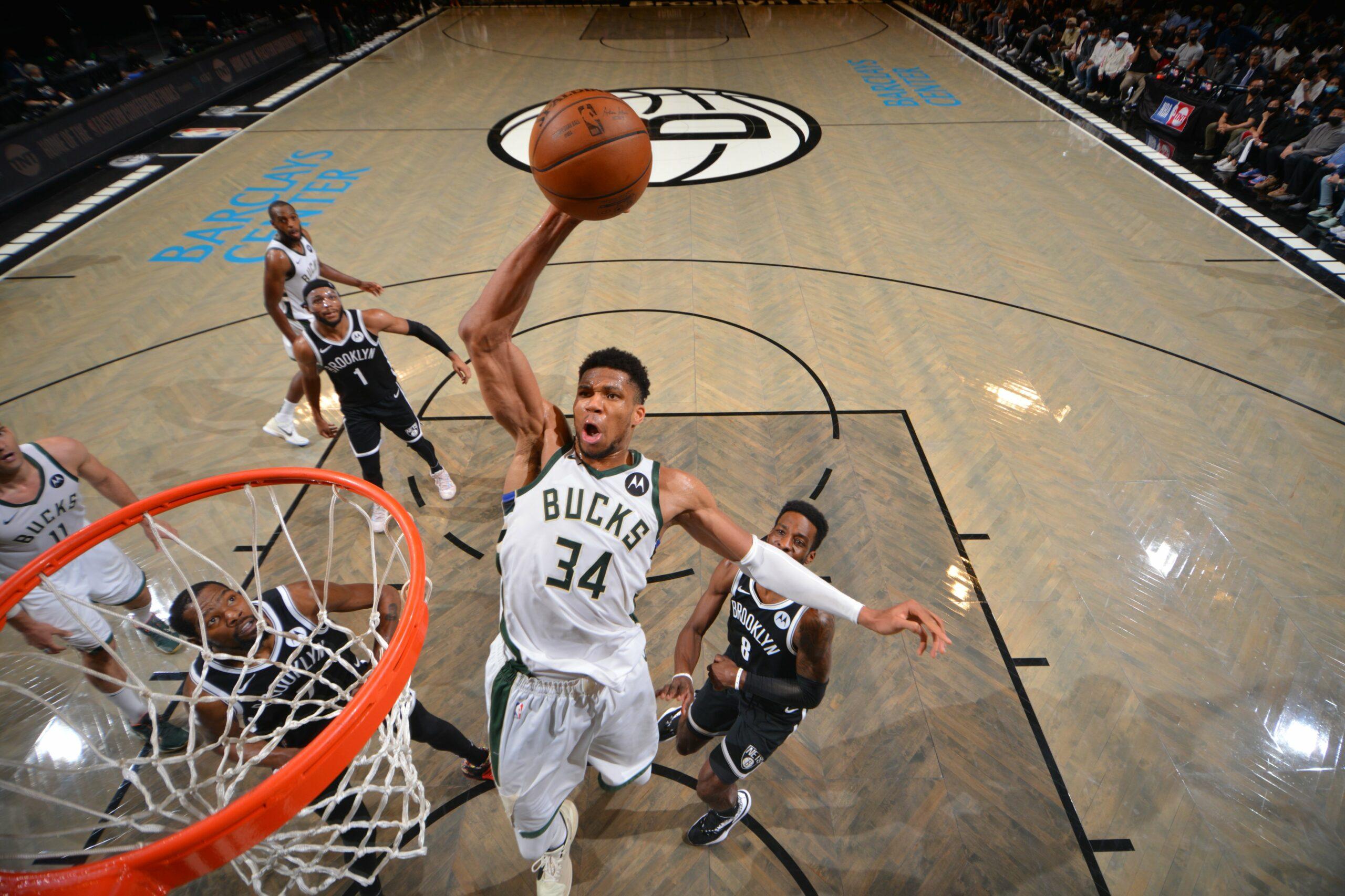 Bucks eliminan a los favoritos Nets y van a Final Conferencia Este