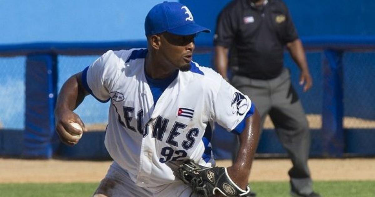 Cuba confirma deserción de beisbolista Andy Rodríguez
