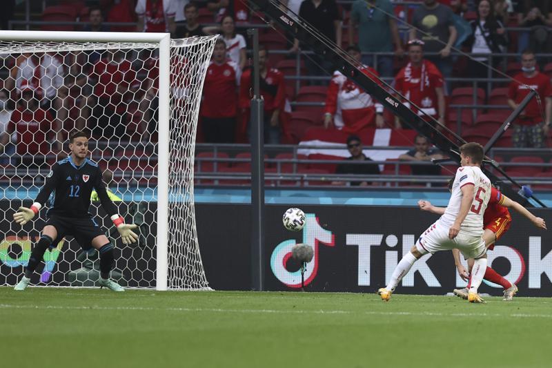 Dinamarca golea a Gales 4-0, pasa a cuartos de final de la Eurocopa