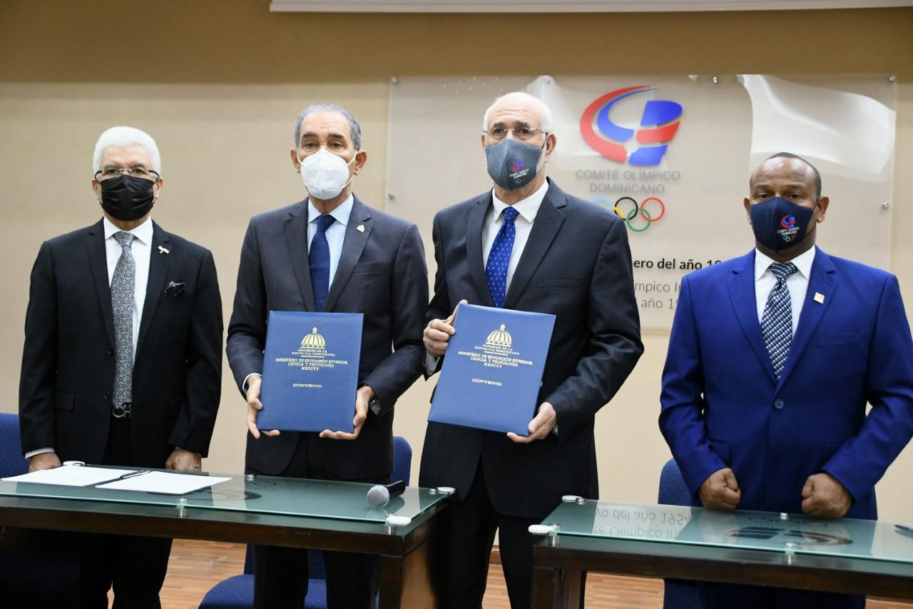 COD y Mescyt firman acuerdo beneficiará a atletas y dirigentes