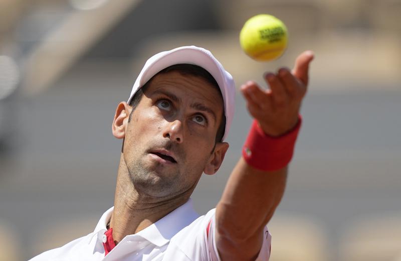Djokovic y Nadal a cuartos tras domar a italianos