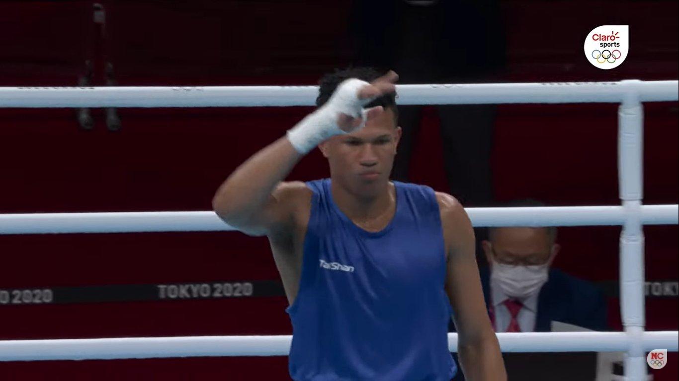 Leonel de los Santos se despide del boxeo amateur; va al profesionalismo
