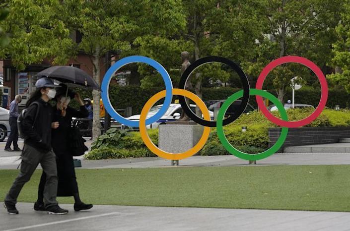 COI permitirá manifestaciones solidarias de atletas en terreno juego