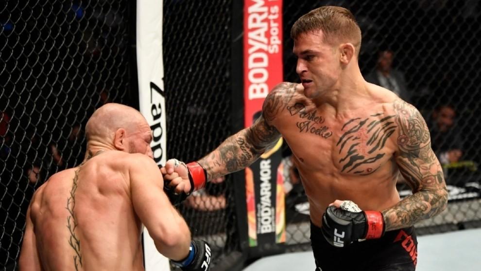 McGregor cae ante Poirier tras fractura tobillo izquierdo: será operado