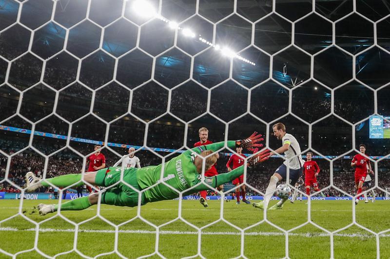 Inglaterra derrota a Dinamarca y pasa a Final de la Eurocopa