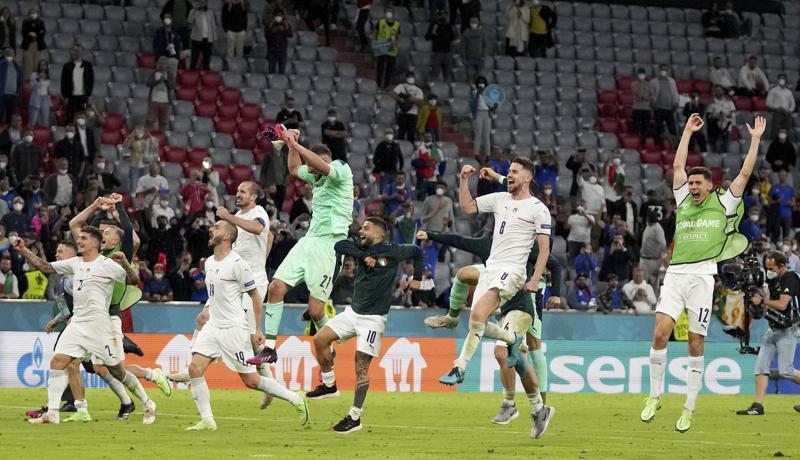 Italia supera a Bélgica y se cita con España en semis
