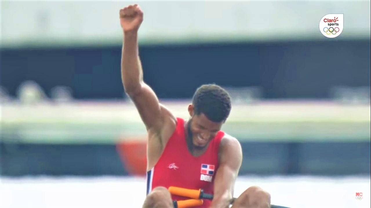 Ignacio Vásquez finaliza participación olímpica de remo en el puesto 25