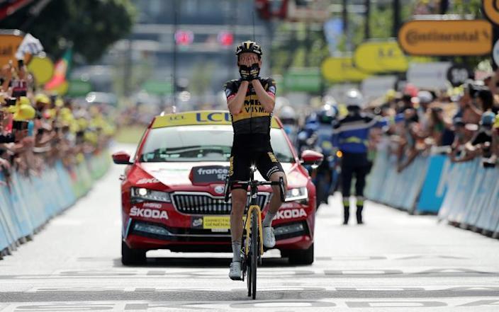 Kuss gana primera cita pirenaica delante de Valverde, Pogacar sigue líder