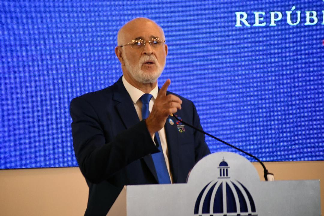 Antonio Acosta solicita mayor presupuesto para las federaciones