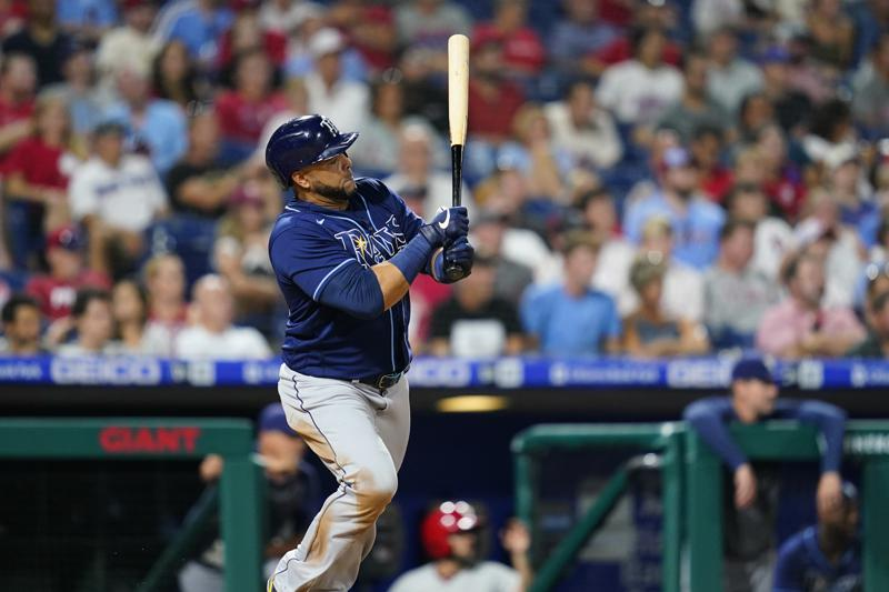 Nelson Cruz ayuda a Tampa con el bate y sorprende con el guante