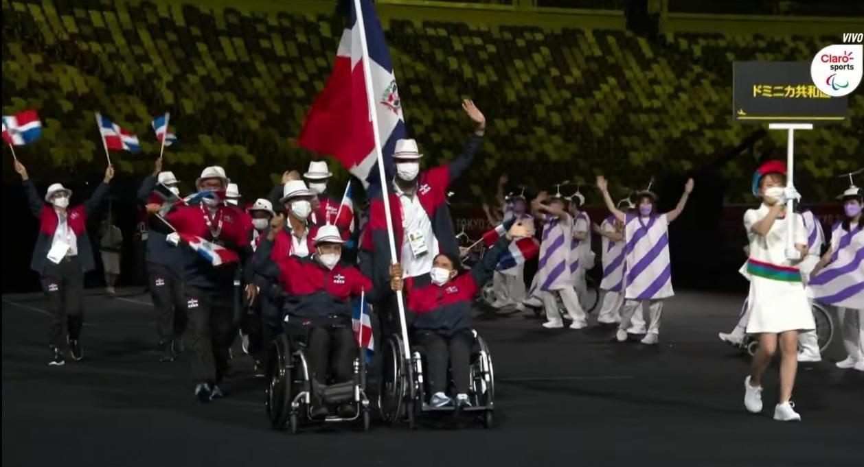 Cargados de emoción delegación dominicana desfila en apertura de Juegos Paralímpicos