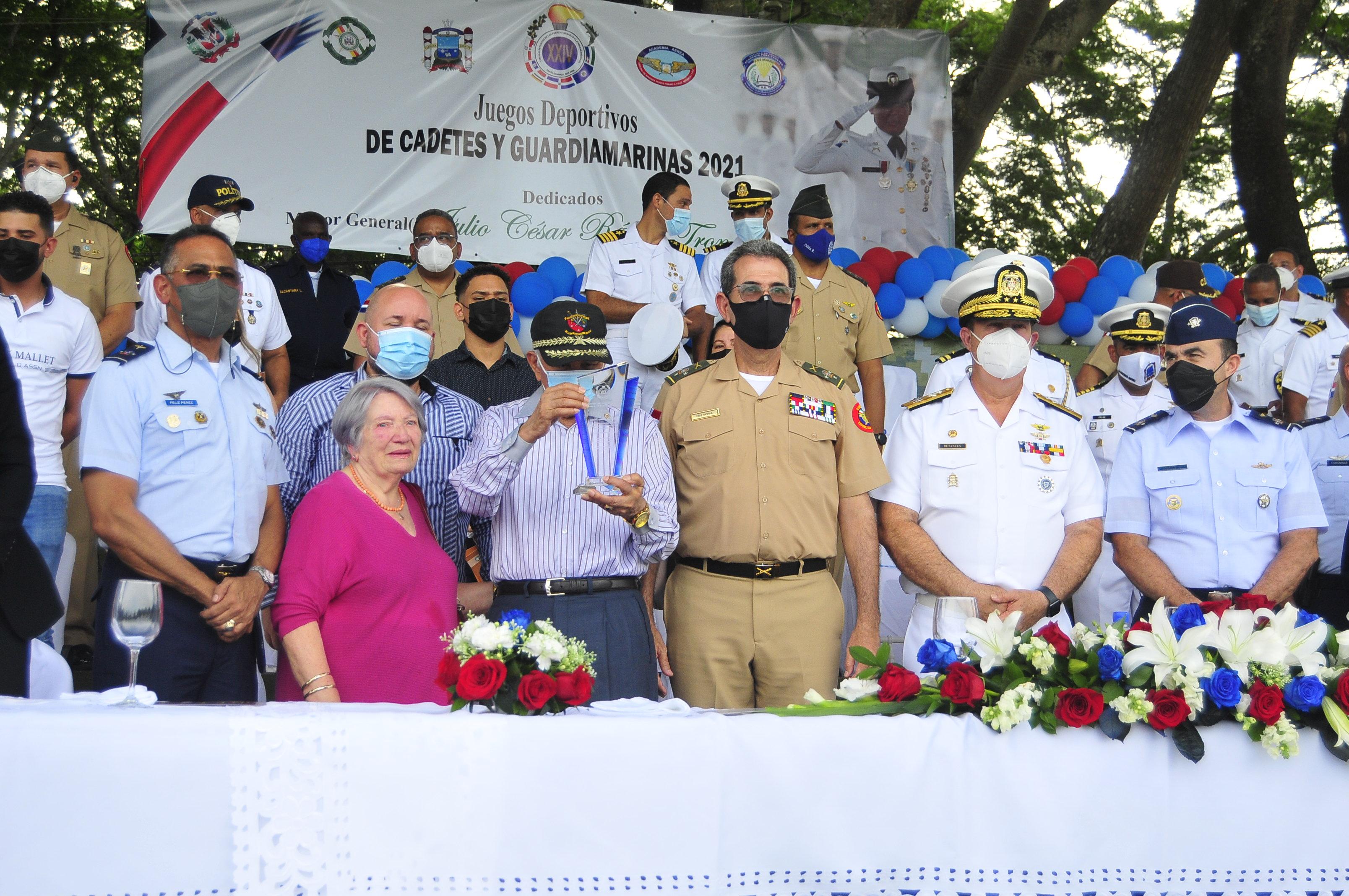 Inauguran Juegos Deportivo de Cadetes y Guardiamarinas