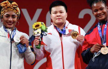 Crismery Santana, bronce en pesas Juegos Olímpicos de Tokio