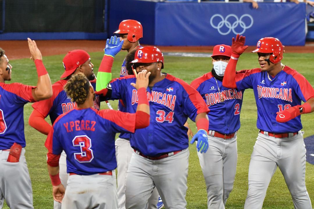 Béisbol se juega permanencia; Florentino debuta en salto ecuestre