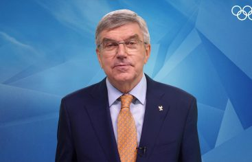 El presidente del COI insta a las organizaciones deportivas a participar en la acción climática