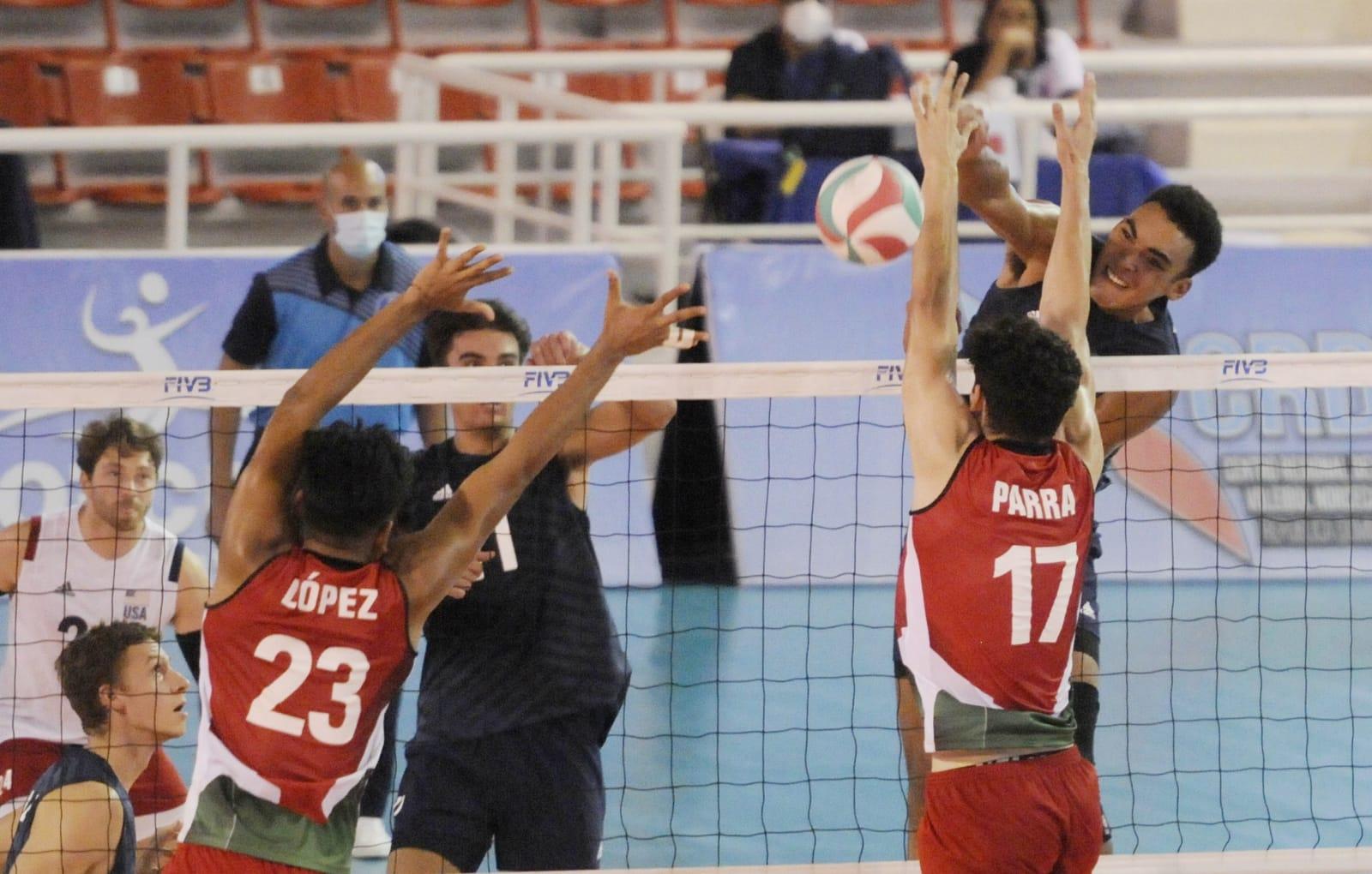 Estados Unidos dispone 3-0 sobre México; Canadá debuta con victoria