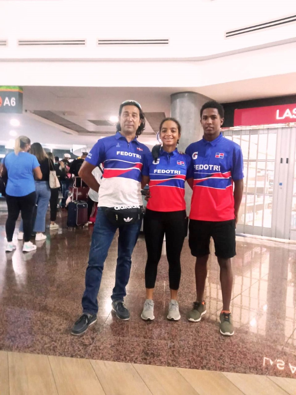 Ramírez y López viajan al Panam Junior de Triatlón en Colombia
