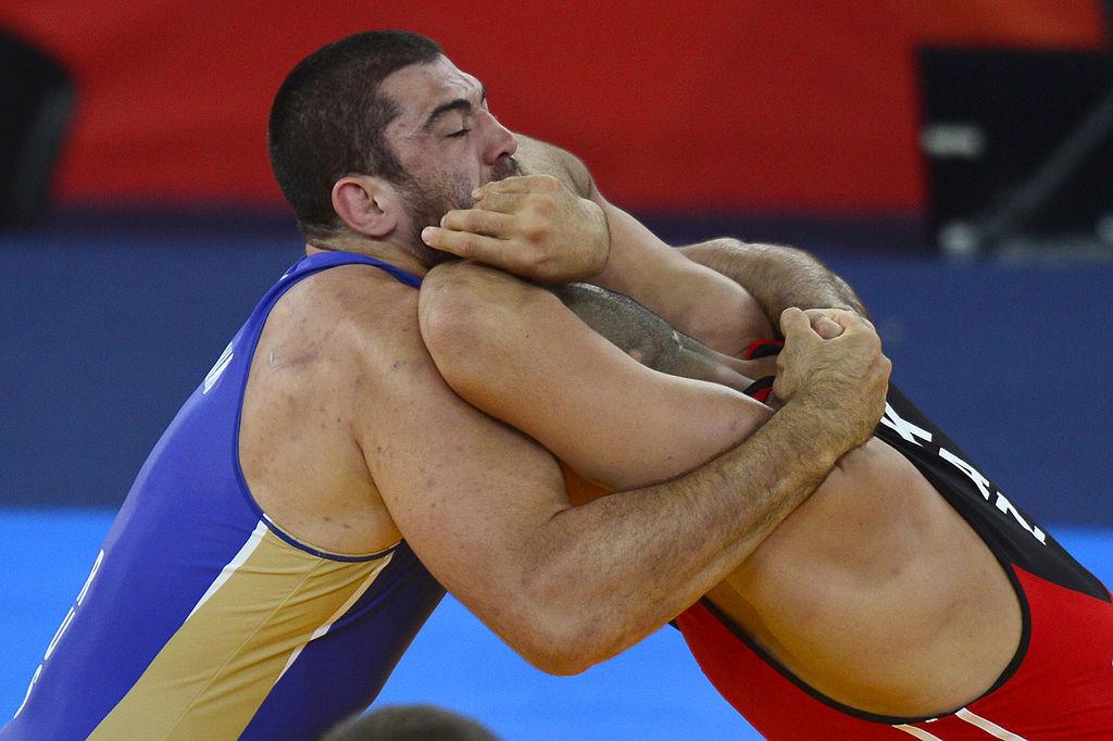 Luchador ruso asciende al oro de Londres 2012 tras cuatro años de prohibición por dopaje