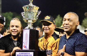Liga de Béisbol de Verano inicia este viernes su versión 12