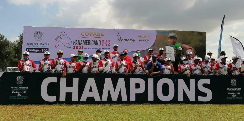 RD se corona campeón en Panamericano de Béisbol U-12