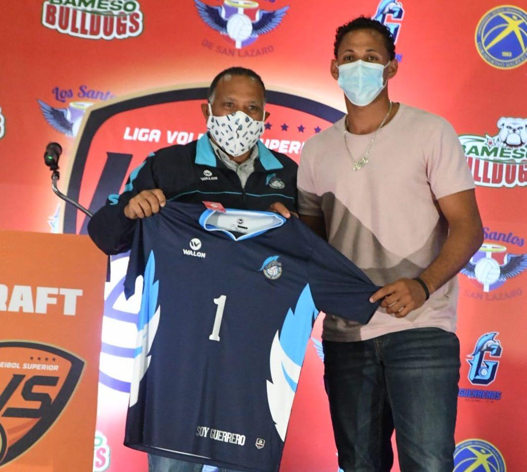 Héctor Cruz, primera elección por los Guerreros en draft Liga de Voleibol Superior