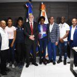 Ministro de Obras Públicas reitera compromiso con atletas dominicanos