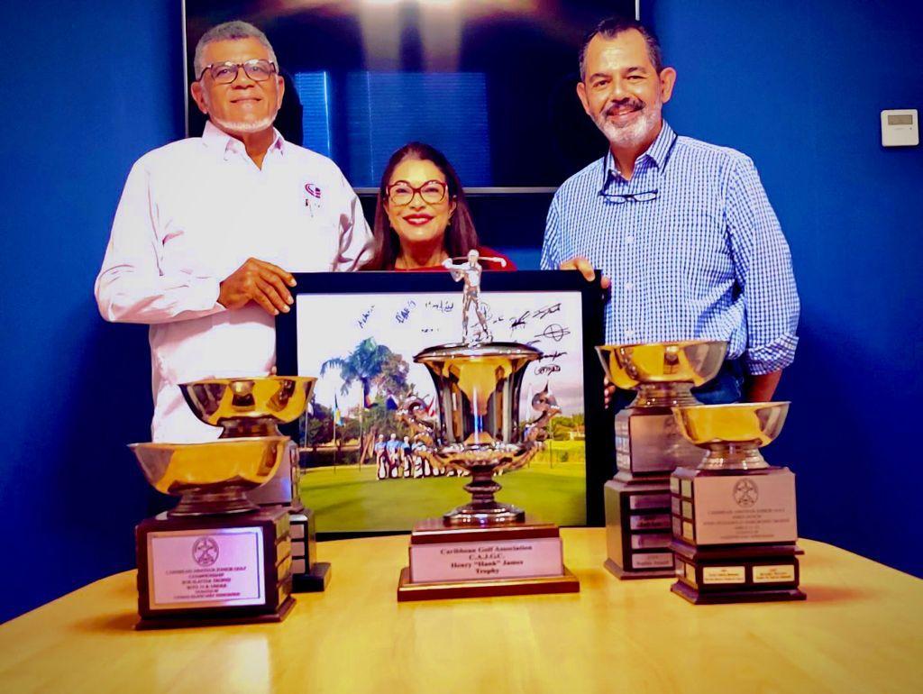 Distinguen a Rafael Villalona por logros del golf juvenil dominicano