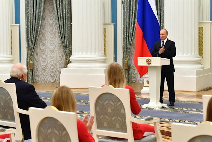 Putin condecora a los medallistas de oro rusos Juegos de Tokio