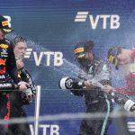Hamilton gana 100ma carrera en la F1 y supera a Verstappen