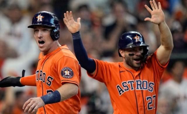 Astros acaricia serie campeonato; Cerveceros golpea primero