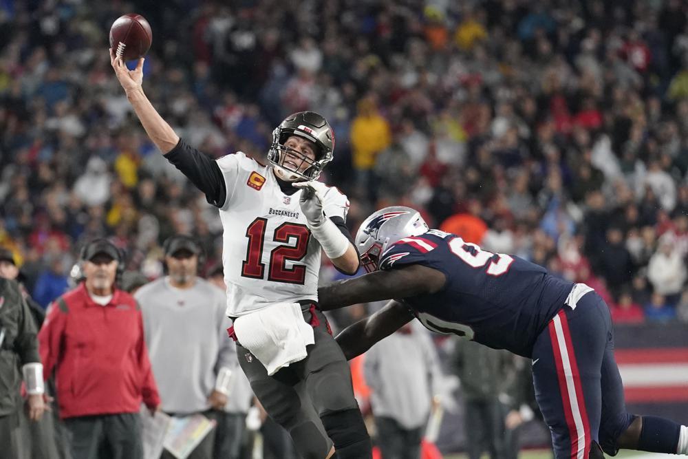 Brady estableció récord en su regreso a New England