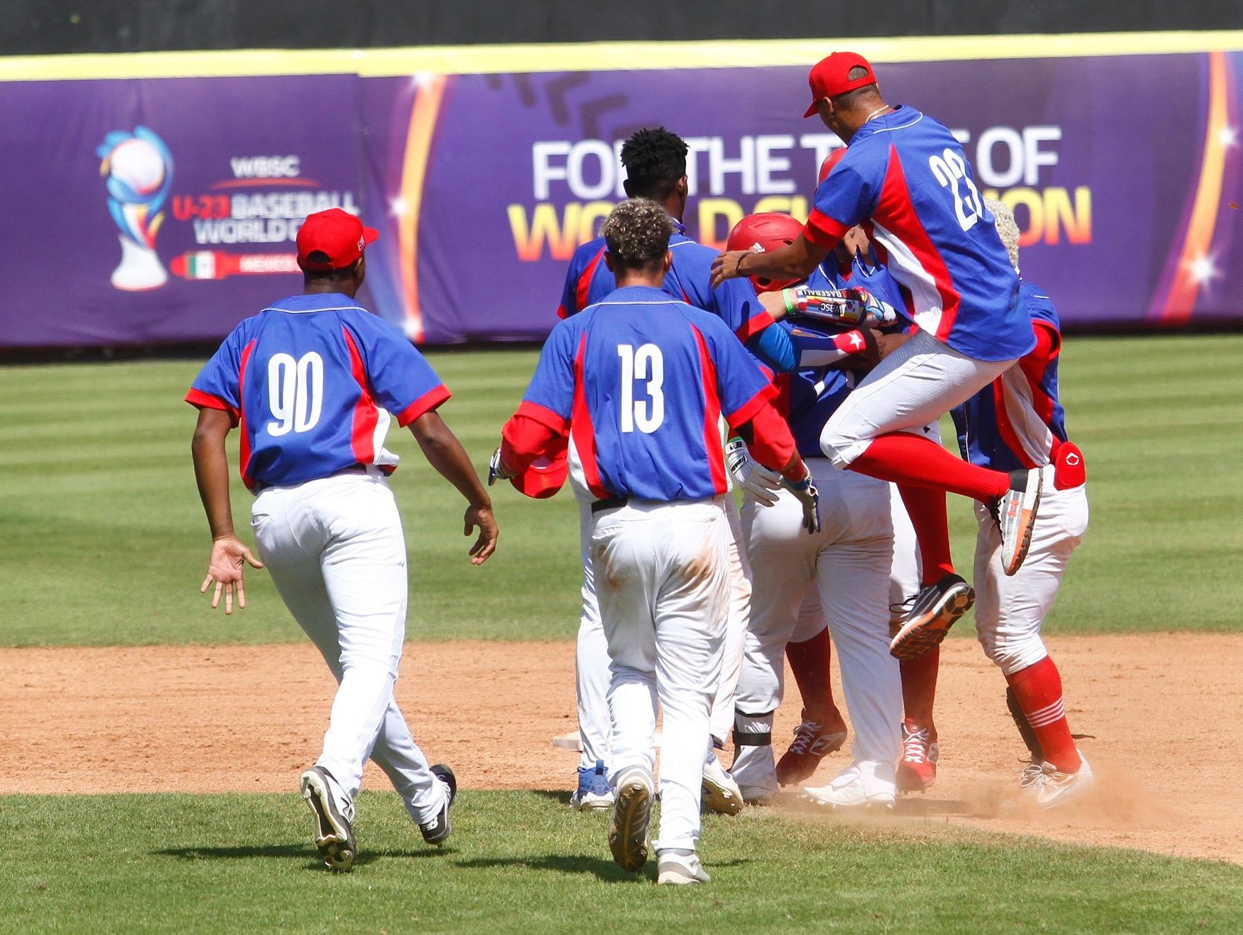 Jugadores cubanos desertan durante el Mundial de Béisbol Sub-23