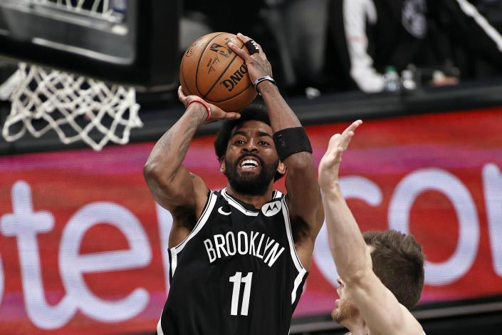 Irving se pierde la primera práctica después del regreso de los Nets a Nueva York