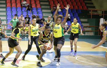 San Carlos y Pueblo Nuevo dominan jornada inaugural torneo basket nacional femenino