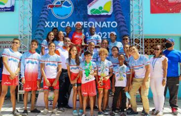 Asonasa celebra con rotundo éxito XXI Campeonatos de Natación Santiago 2021