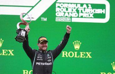 Bottas se lleva GP de Turquía; Verstappen recupera liderato