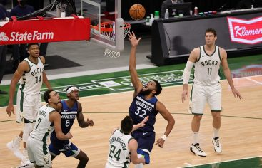 Minnesota remonta ante Milwaukee; Lakers desaprovechan ventaja