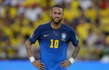 Compañeros de selección de Neymar le piden que se quede